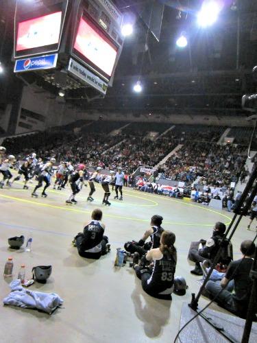 Cincinnati Rollergirls Bout