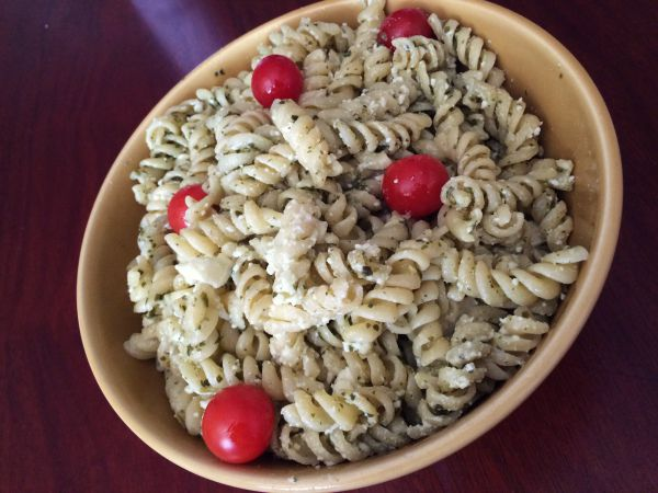 Easy Pesto Pasta Salad 2