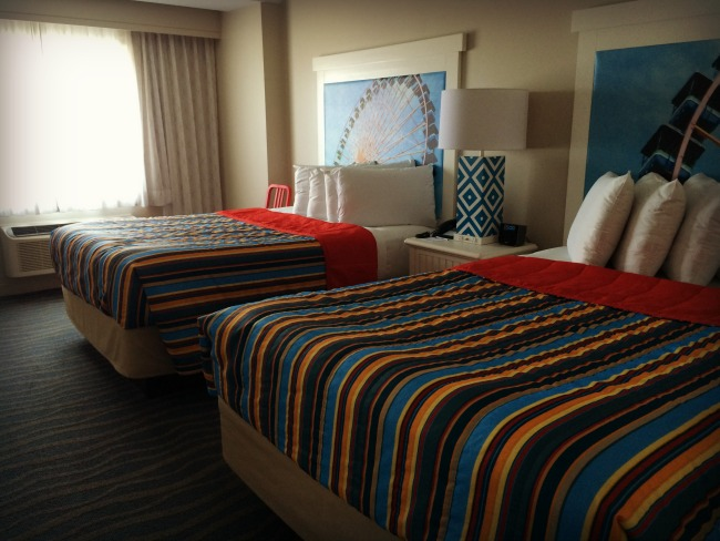 cedar-point-breakers-bedroom