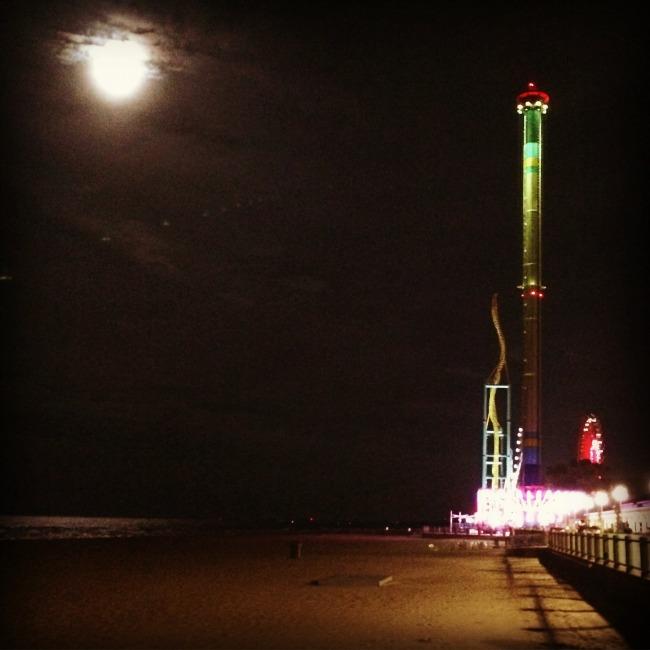 cedar-point-full-moon