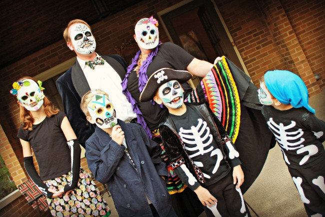 sugar-skull-costumes-family