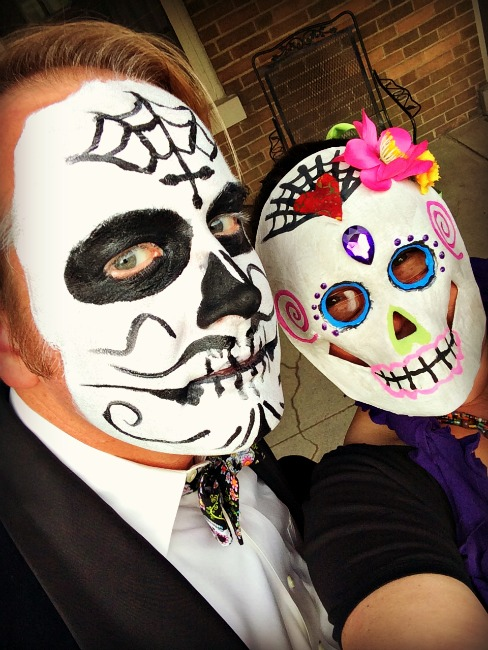 sugar-skull-costumes-selfie