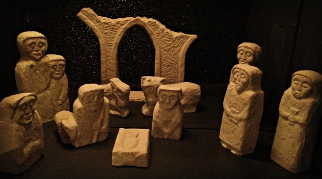 a-franciscan-christmas-celtic-creche