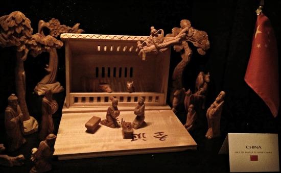 a-franciscan-christmas-china-creche
